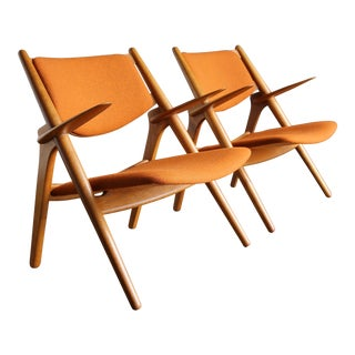 20th Century Scandinavian Hans Wegner Sawbuck Lounge Chairs - a Pair