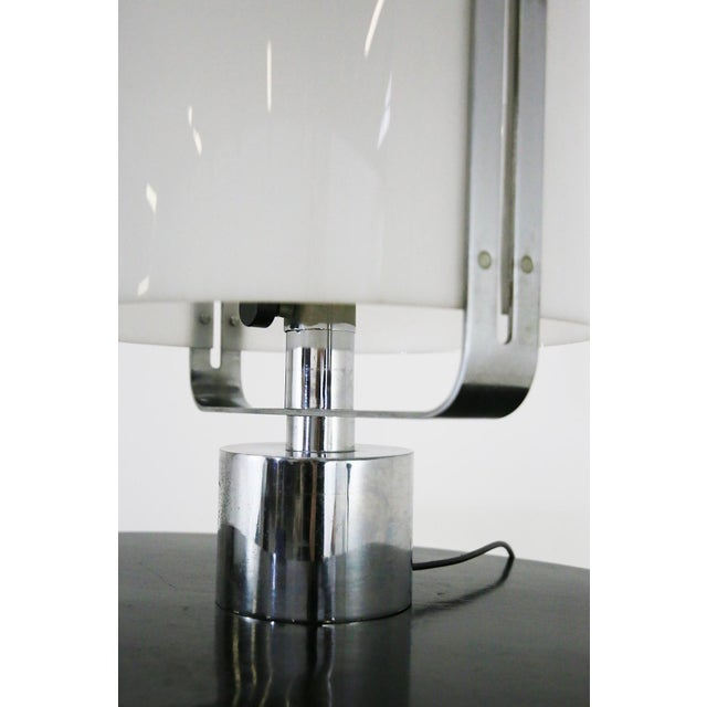 Jacques Quinet 70s Table Lamp in Plexiglass and Chrome Steel Jacques Quinet For Sale - Image 4 of 8