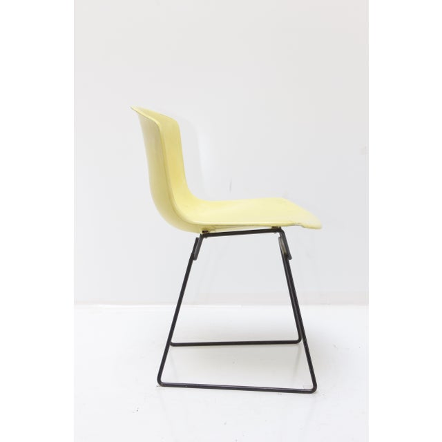Mid-Century Modern Knoll Bertoia Fiberglass Side Chair Yellow For Sale - Image 3 of 11