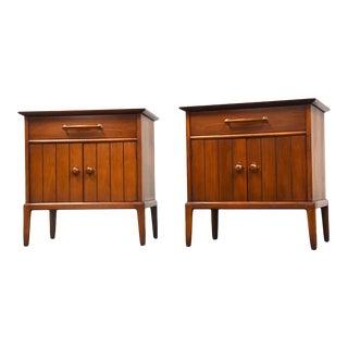 Henredon Walnut Nightstands - a Pair For Sale