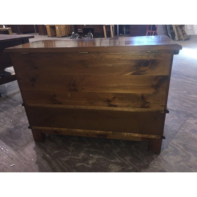 Heywood-Wakefield Vintage Limited Ed. Cedar Chest For Sale - Image 9 of 9