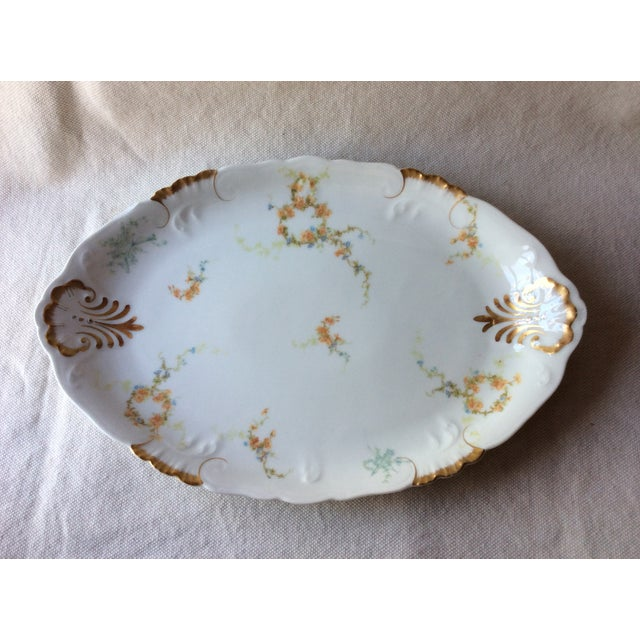 1900s French Heirloom Porcelain Gravy Boat and Platters Serving Pieces - 4 Pc. Set For Sale - Image 5 of 13