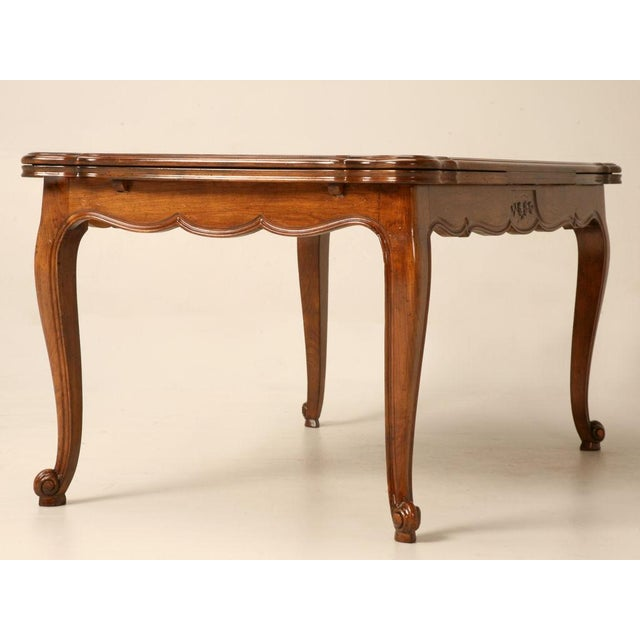 French Vintage French Louis XV Cherry Wood Draw Leaf Table For Sale - Image 3 of 11