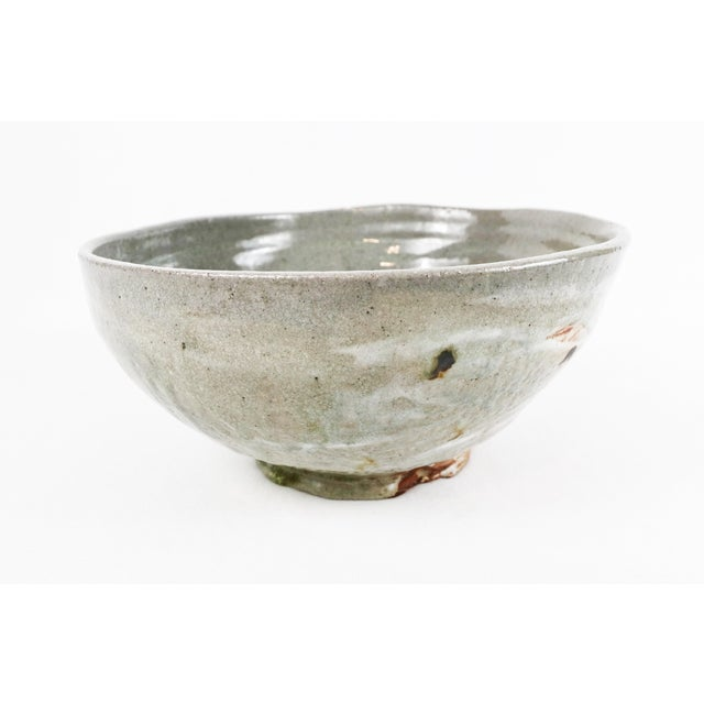 Large handmade and wheel-thrown serving bowl for salad, fruit, or any type of batter. Oven/dishwasher safe and perfect for...