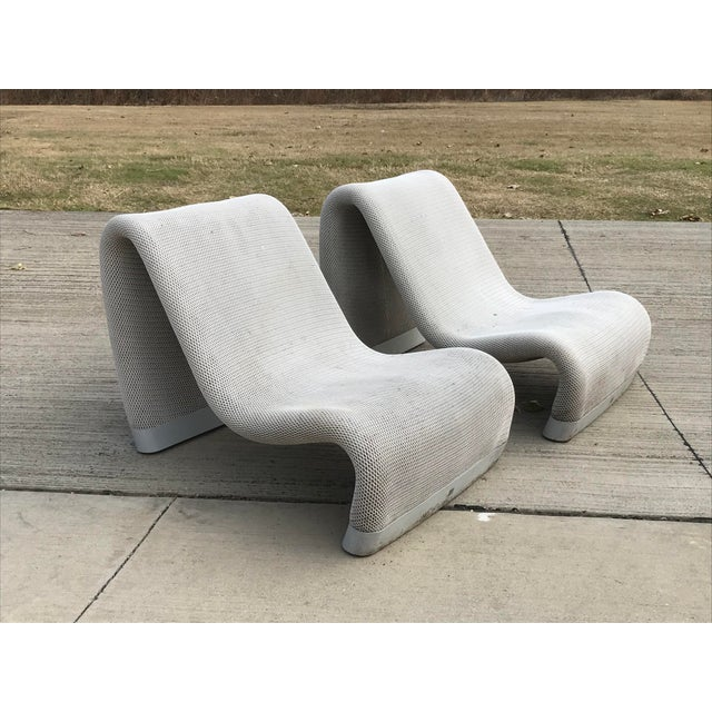 A vintage SAKURA chaise lounge is designed by Mark Robson (GB) for Sifas. For indoor or exterior use. Luxury quality in...