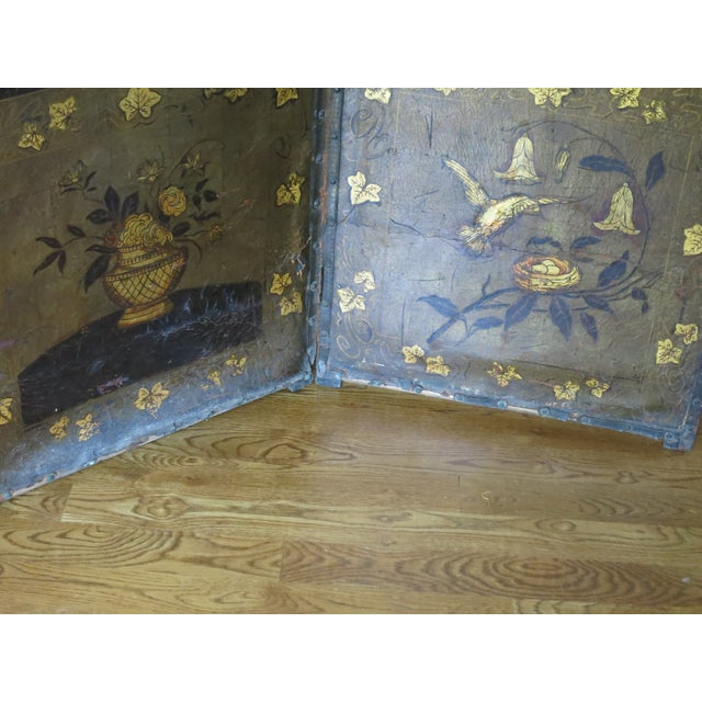 English 19th Century Antique Leather Screen Embossed and Gilded For Sale - Image 3 of 8