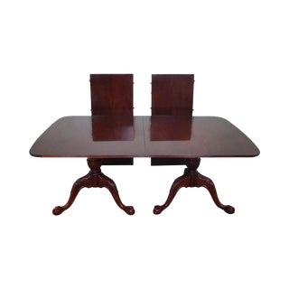 Wellington Hall Duncan Phyfe-Style Dining Table