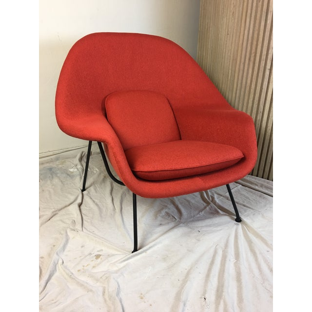 Mid-Century Modern Eero Saarinen for Knoll 1950s Womb Chair and Ottoman - a Pair For Sale - Image 3 of 13