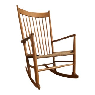 Hans Wegner Danish Mid-Century Modern J16 Rocking Chair For Sale