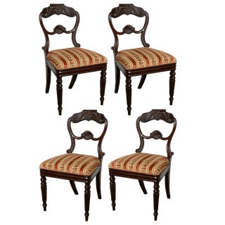 Set of 4 WM IV chairs For Sale