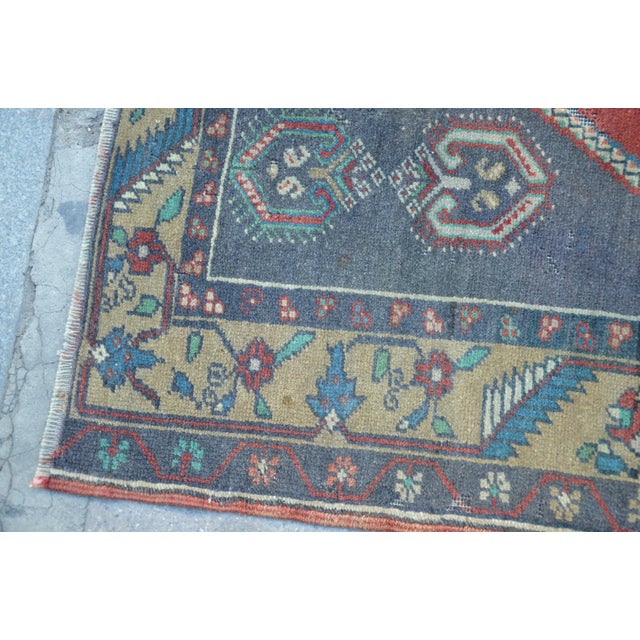 Anatolian Wool Turkish Rug - 3′4″ × 6′9″ For Sale In Austin - Image 6 of 6