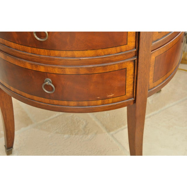 Ethan Allen Newport Collection Osborne Round End Table - Image 5 of 8