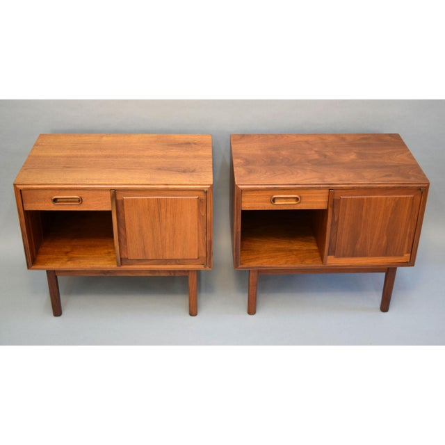 Jack Cartwright for Founders Walnut Nightstands - A Pair - Image 3 of 11