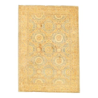 Green & Ivory Hand-Knotted Farahan Rug - 4′11″ × 5′8″ For Sale