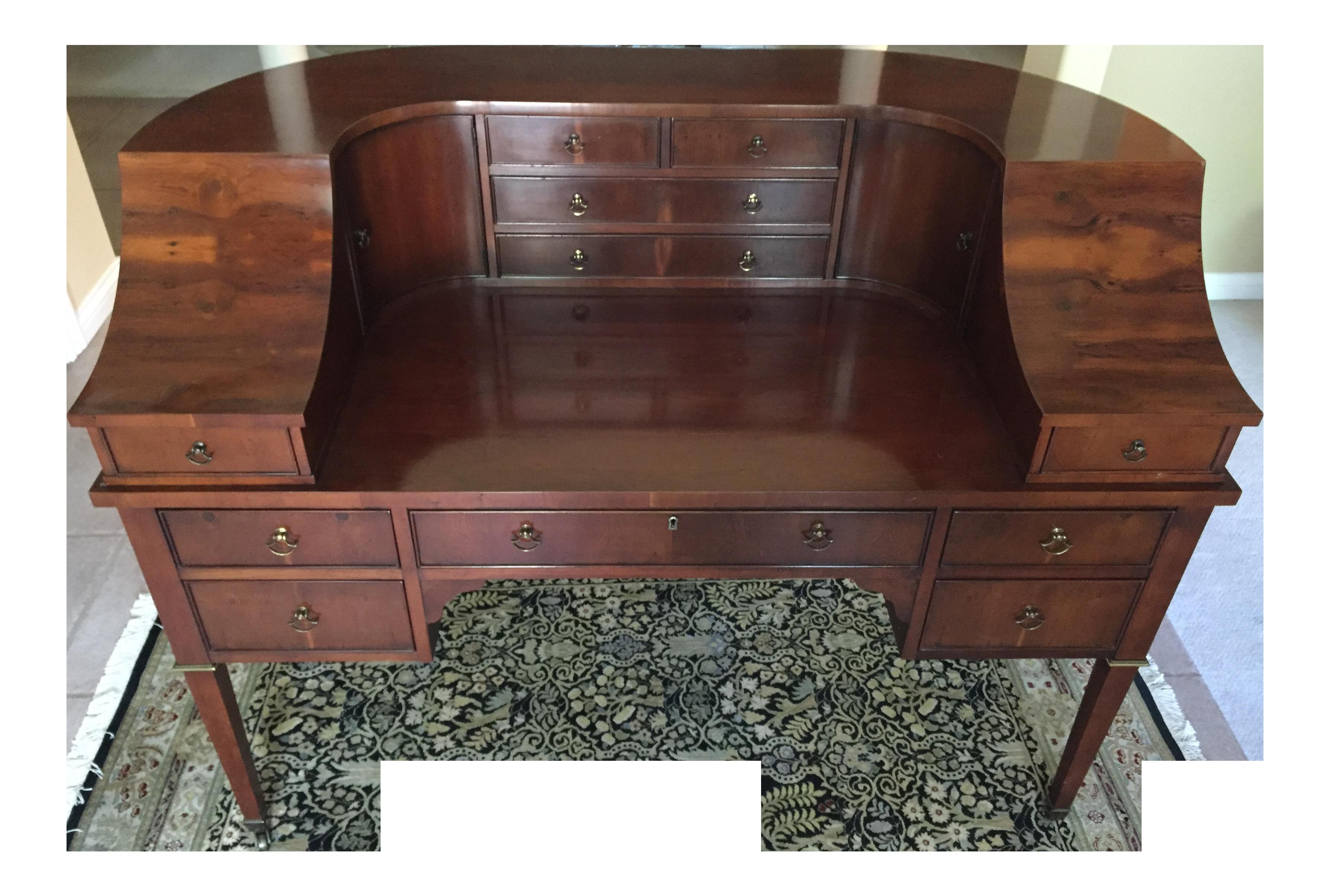 Hekman Carlton House Style Yew Wood Veneer Desk