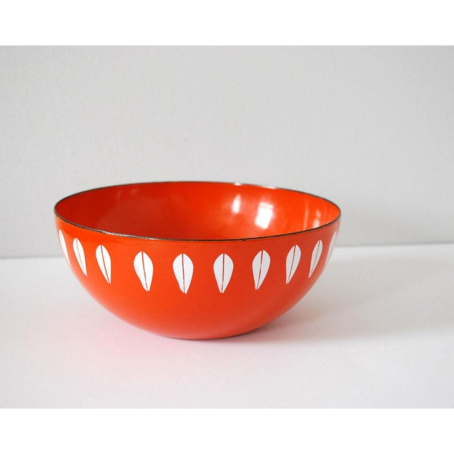 Bright vintage enamelware bowl by Catherineholm (Cathrine Holm) of Norway, made in the 1960s. This is the 8 inch Lotus...