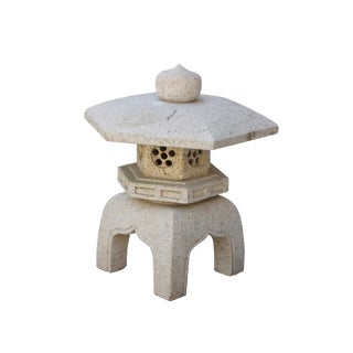 Chinese Zen Off White Hexagon Stone Garden Lantern Statue