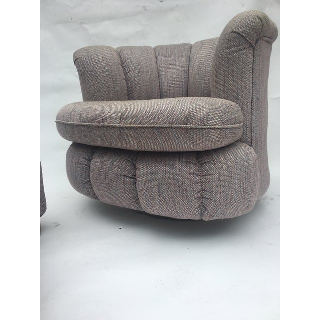 Hollywood Regency 1980s Vintage Milo Baughman Style Shell Swivel Chair & Ottoman For Sale - Image 3 of 13
