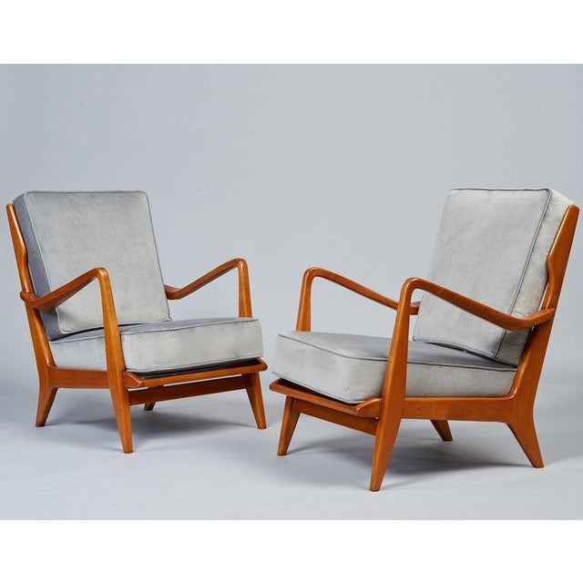 Mid-Century Modern 1950s Vintage Gio Ponti Exquisite Pair of Sculptural Armchairs- A Pair For Sale - Image 3 of 11
