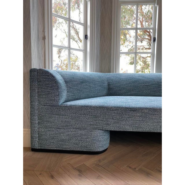 Wood Featured in The 2020 San Francisco Decorator Showcase — Custom Shaped Teal Settee For Sale - Image 7 of 12