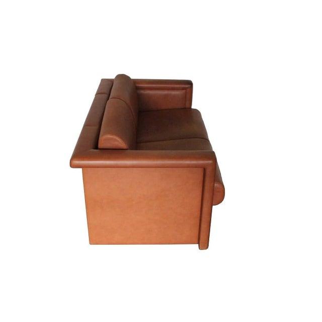Knoll International 1980s Trix & Robert Haussmann for Knoll Tan Brown Saddle 2-Seat Sofa For Sale - Image 4 of 8