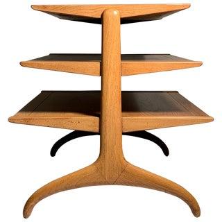 Heritage Henredon Elegant Magazine Tree Table For Sale