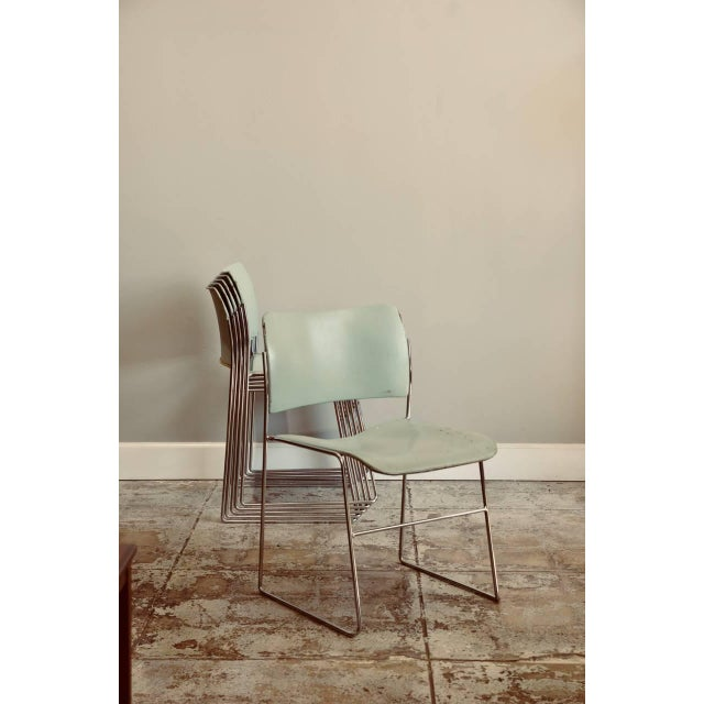 1970s Set of Six Teal and Chrome David Rowland 40/4 Stacking Chairs For Sale - Image 5 of 7