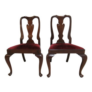 1980s Vintage Henkel Harris Mahogany Queen Ann Chippendale Dining Room Side Chairs- A Pair For Sale