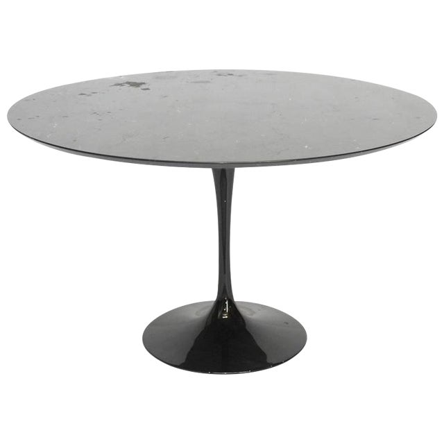 Eero Saarinen Style Black Marble Tulip Dining Table For Sale