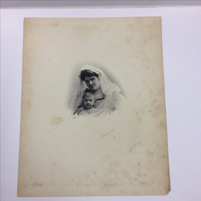 19th Century Portrait of a Mother and Baby Photograph - Image 2 of 5