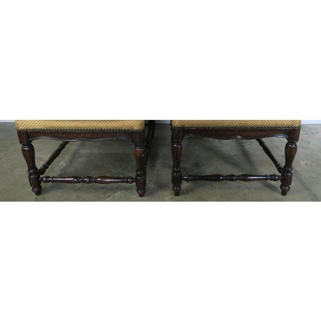 1900s French Louis XV Style Walnut Benches With Loose Cushions Circa 1900s, Pair For Sale - Image 5 of 9