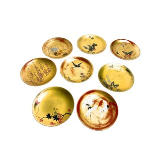 Vintage Mid Century Set of 8 Japanese Hand Painted Lacquered Plates For Sale