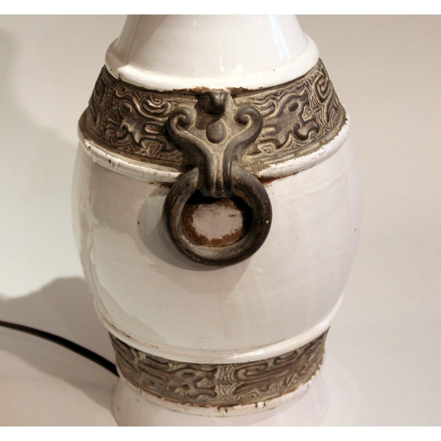 Zaccagnini 1960s Raymor Zaccagnini Pottery Italian Ming Style Mid-Century Modern Brown & White Lamp For Sale - Image 4 of 11