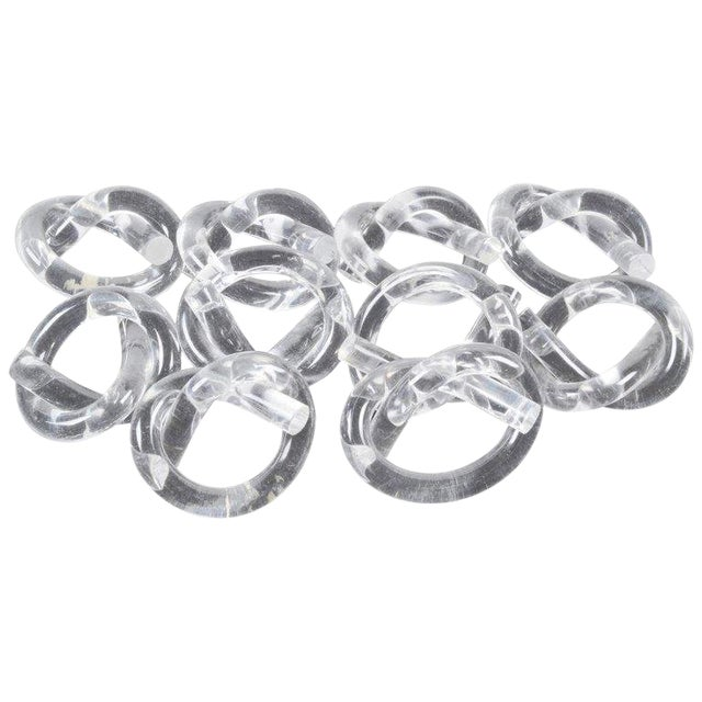 Ten Dorothy Thorpe Lucite Napkin Rings in Pretzel Shape For Sale