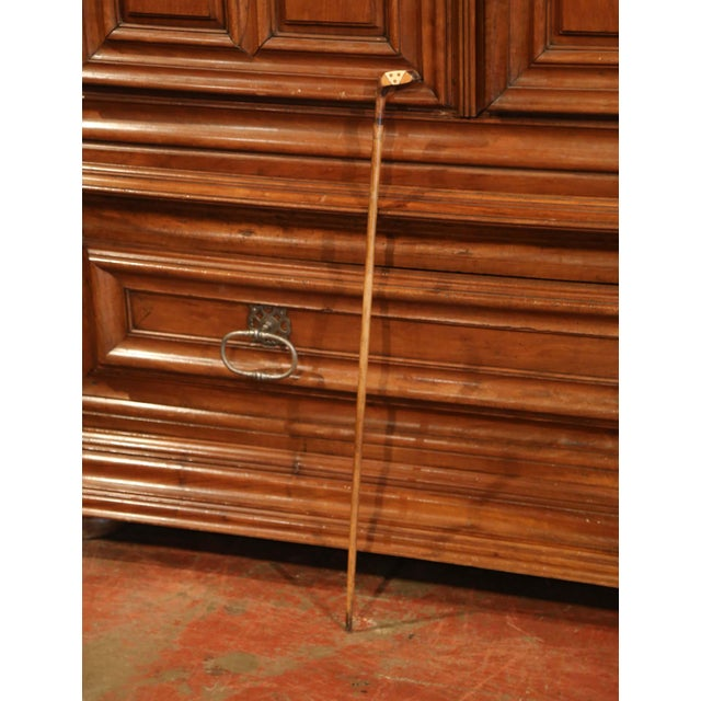 "Bone Early 20th Century English Wooden Golf Club Walking Stick or ""Sunday Cane"" For Sale - Image 7 of 10"