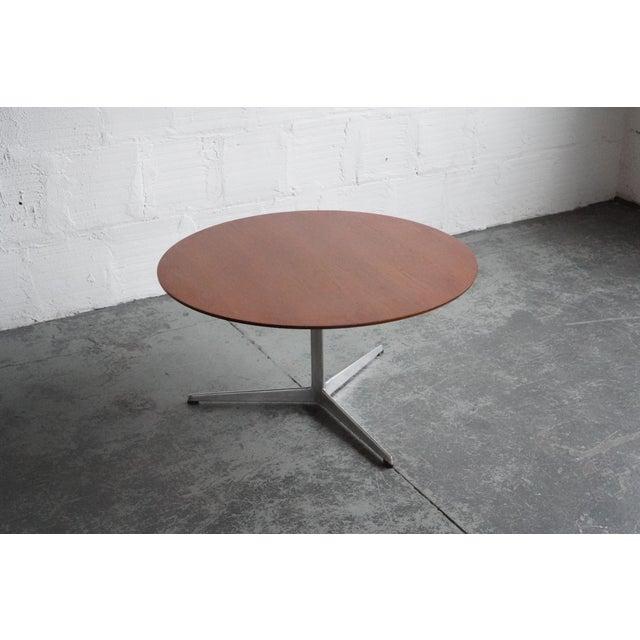 Arne Jacobsen Mid 20th Century Modern Arne Jacobsen Coffee Table For Sale - Image 4 of 5