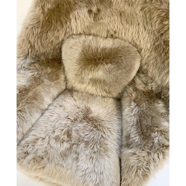 Vintage Eero Saarinen Womb Chair Restored in New Zealand Sheepskin For Sale - Image 9 of 10