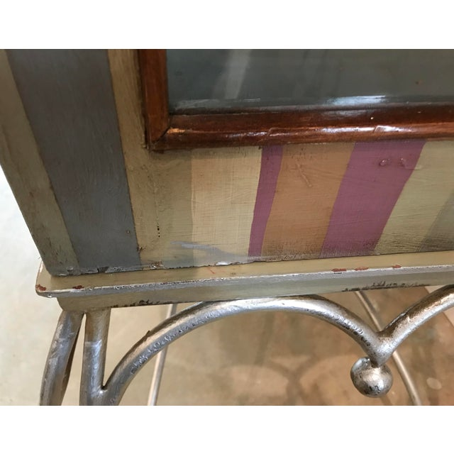 20th Century Traditional Guildmaster Mahogany Striped Curio/China Cabinet For Sale - Image 11 of 13