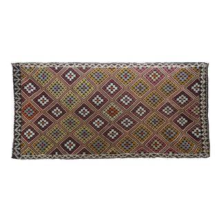 Vintage Turkish Antalya Embroidered Kilim Rug- 4′8″ × 9′7″ For Sale
