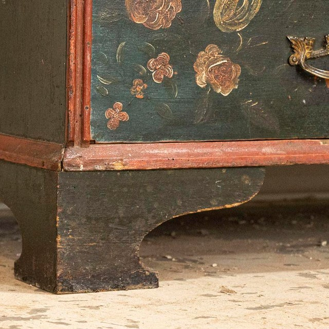 Early 19th Century Antique Hand Painted Chest of Drawers With Flowers For Sale - Image 5 of 8