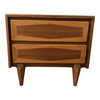 Mid 20th Century American of Martinsville Nightstand For Sale