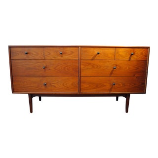 Mid Century Modern Kipp Stewart Walnut 8 Drawer Dresser for Drexel Declaration For Sale
