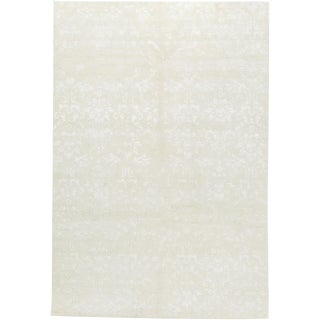 """Contemporary Hand Woven Rug - 6' x 8'10"""" For Sale"""