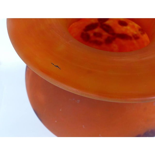Large Charles Schneider French Art Deco Art Glass Vase with Inclusions For Sale In Miami - Image 6 of 10