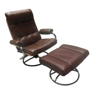 Mid-Century Scandinavian Modern Leather Reclining Chair and Ekornes Footstool - a Set For Sale