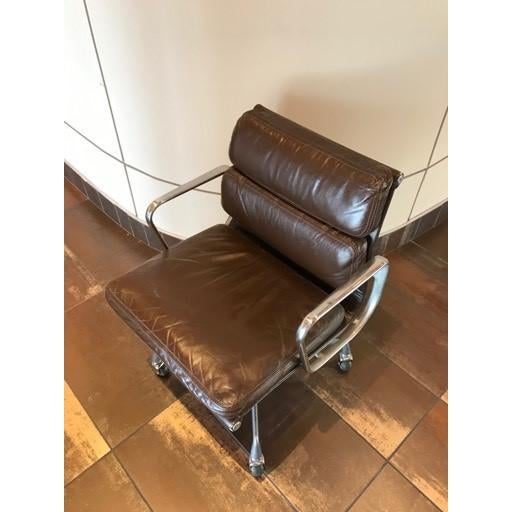 1970s Vintage Mid-Century Eames Herman Miller Soft Pad Office Chair For Sale - Image 5 of 13