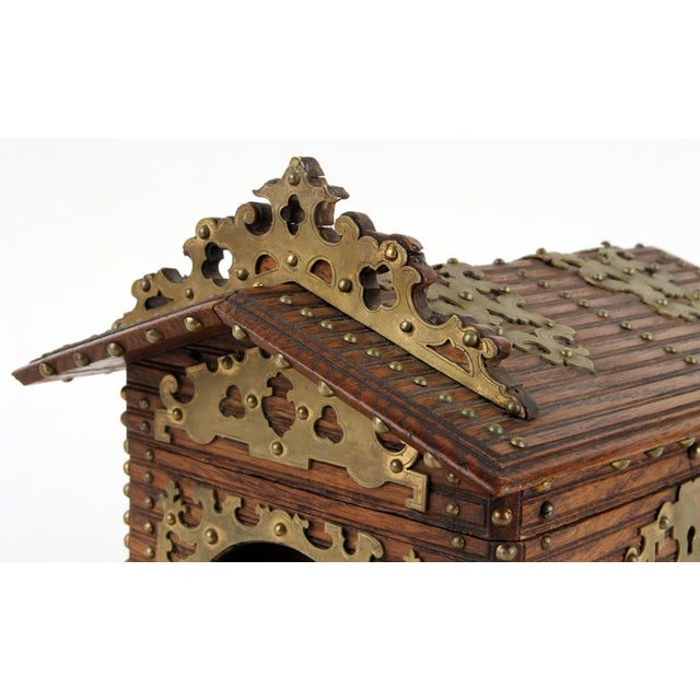 19th century Black Forest cigar box/humidor in the form of a terrier in dog house, Swiss, circa 1890. Exceptionally rare...
