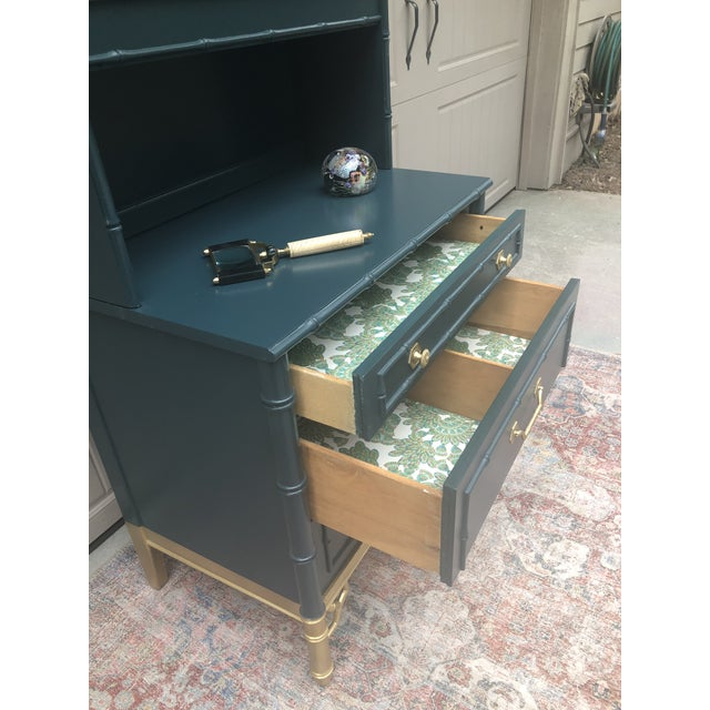 Vintage Thomasville Bachelors Chest With Shelf For Sale - Image 10 of 11