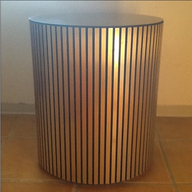 Vintage Gold Cylindrical Mirrored-Top Side Table - Image 4 of 7