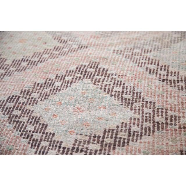 """Vintage Jijim Carpet - 5'6"""" X 8'8"""" - Image 5 of 6"""